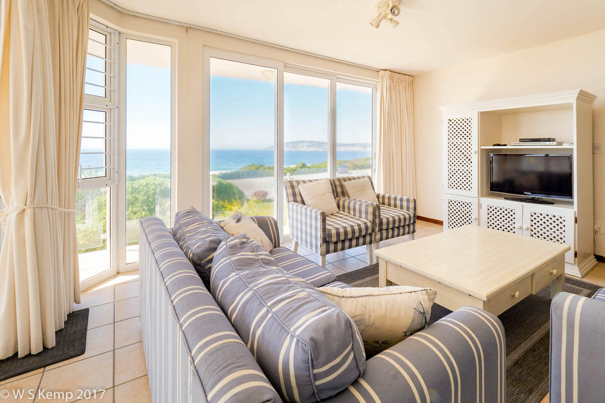 House Robberg View 9 self catering holiday accommodation Plettenberg Bay